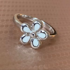 Sterling silver epoxy enamel flower ring, white